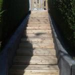 Habillage d'escalier en mélèze_L'isle sur le Doubs