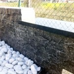 Muret travertin pierre noire avec ou sans couvertine Show-Room pierres naturelles à Bois et Dérivés_Voujeaucourt