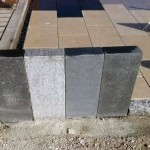 Pallissades granit gris clair, moyen et foncé Show-Room pierres naturelles à Bois et Dérivés_Voujeaucourt